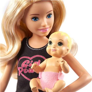 "Barbie ""Skipper Babysitters Inc."" Puppe + Baby/Accy Leggings"